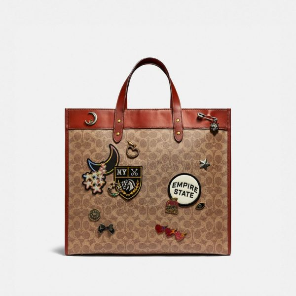 Field Tote 40 In Signature Canvas With Souvenir Patches in Brown