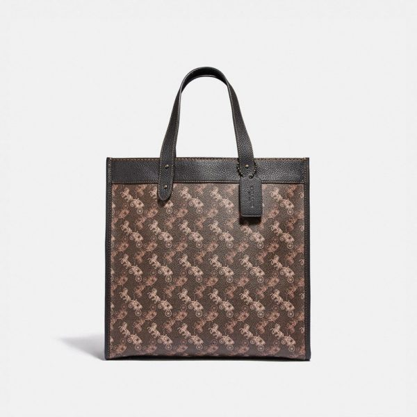 Field Tote With Horse And Carriage Print in Brown/Multi